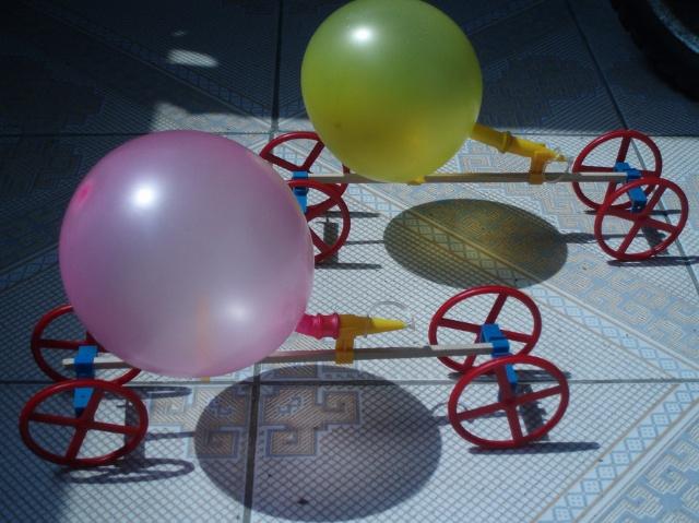 气球动力小车设计图