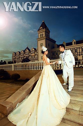 烟台桃村婚纱摄影_桃村完美新娘婚纱摄影送给栖霞的于 汶文 孙铷