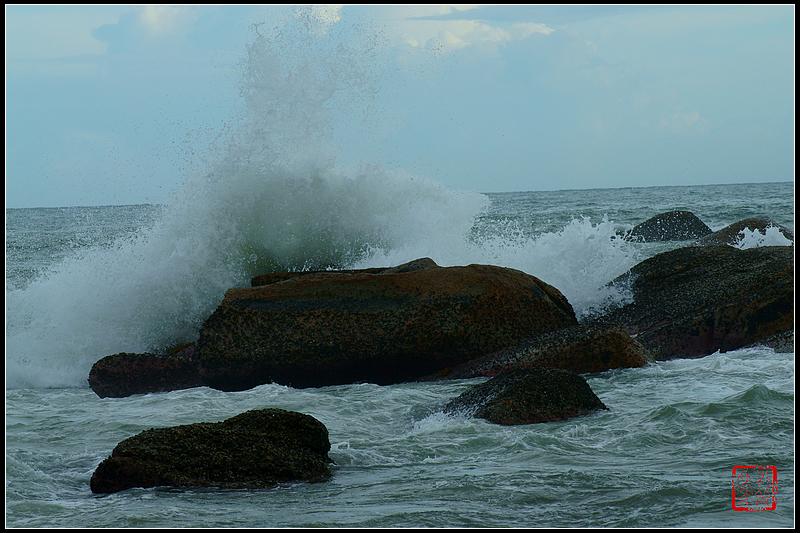 汕尾遮浪岛红海湾——浪
