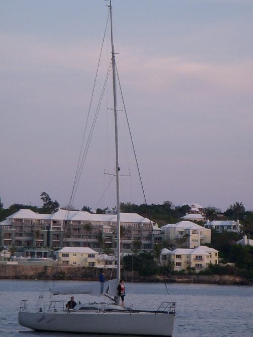很小的时候就听说过百慕大三角洲,也曾想过当年那些失踪的船只和飞图片