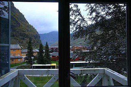 假窗外北欧风景
