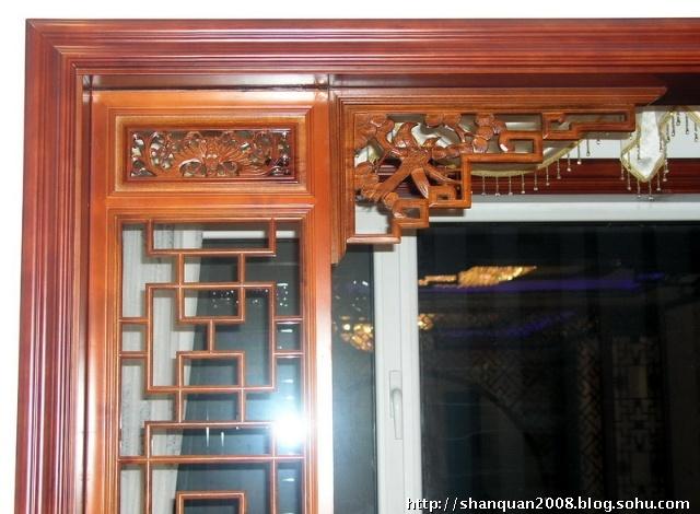 中式花格卧室门图片