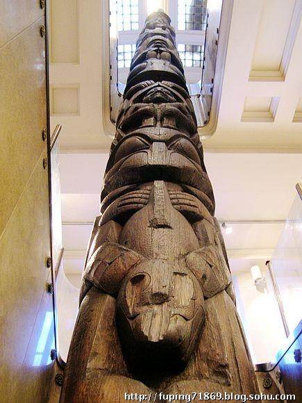 绿松石马赛克双头蛇,约公元1500年,阿兹特克-米斯特克出土.