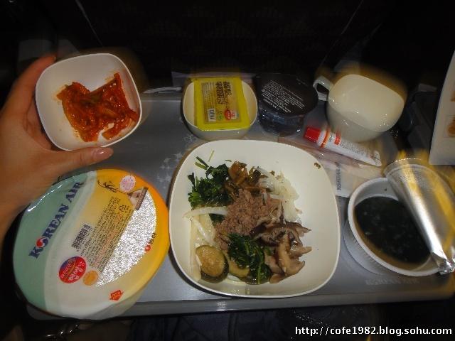 仁川机场--韩国拌饭飞机餐--香港新机场